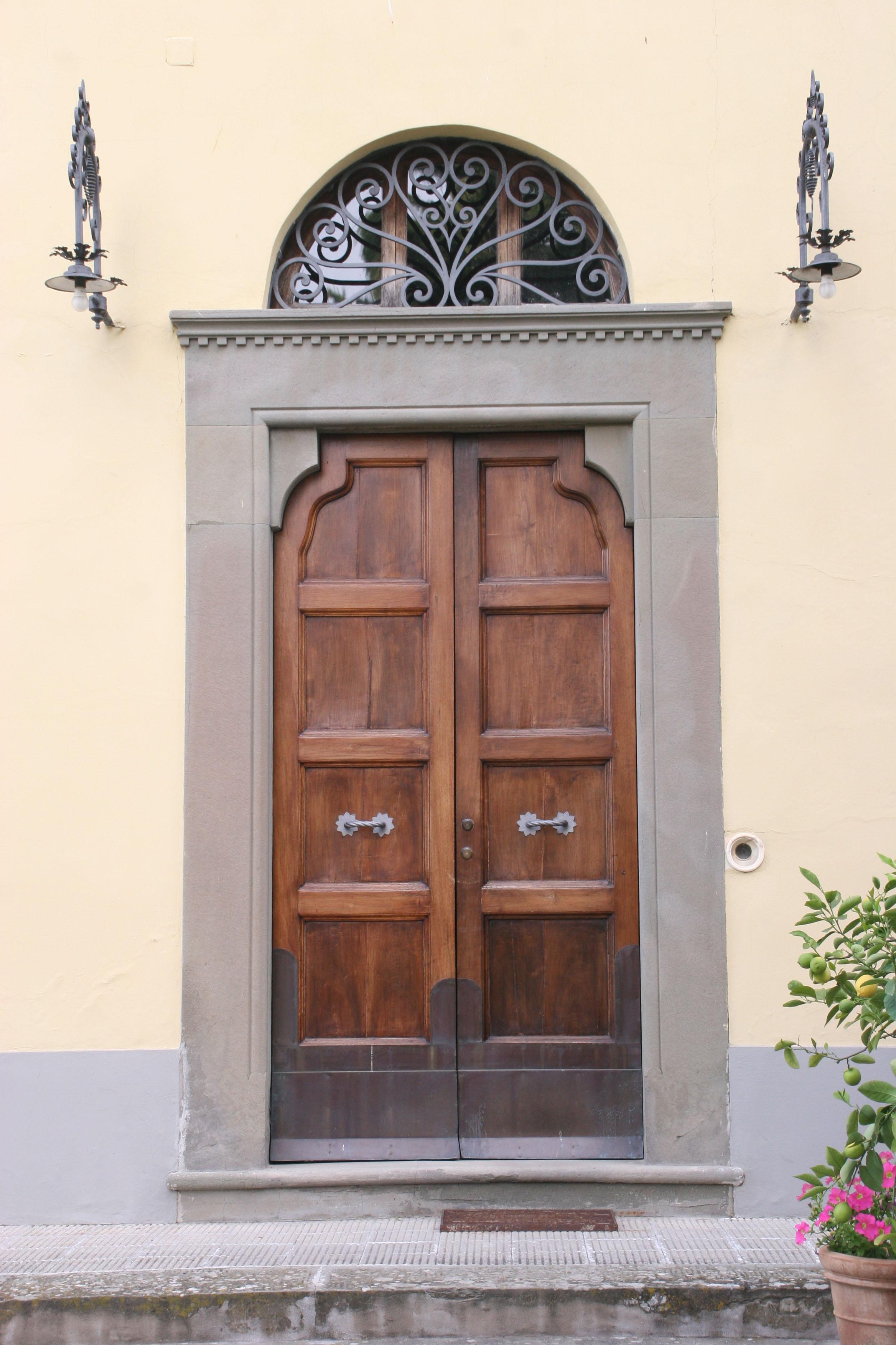Nuova pagina 1 for Porta d ingresso coloniale olandese